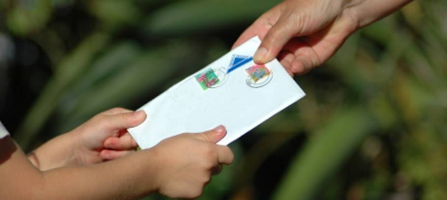 Postcard exchange - open your kids up to a wealth of knowledge!