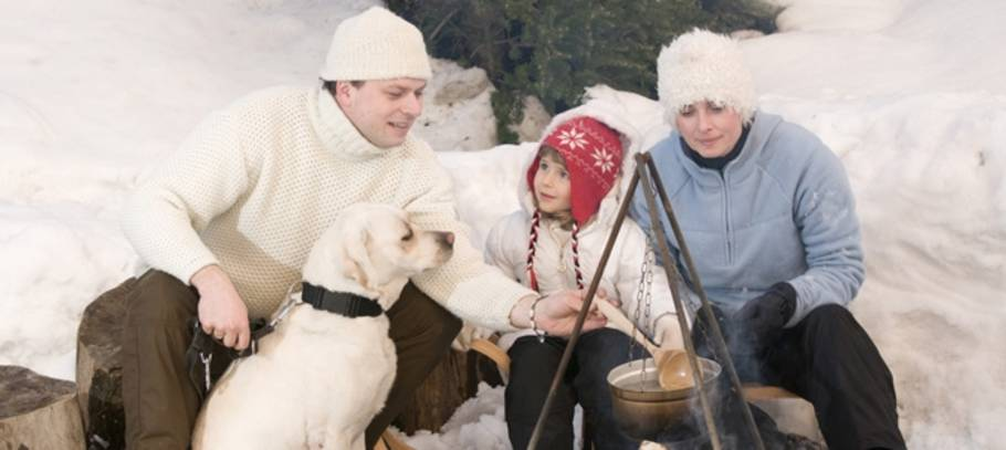 5 unforgettable family Christmas getaway ideas