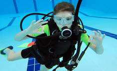 Intro to Scuba Diving Gillitts Diving Classes & Lessons 1