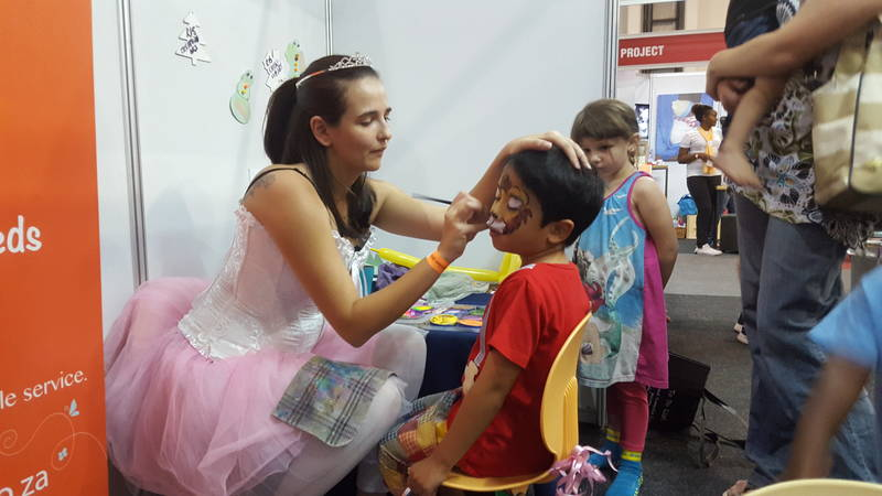 Entertainers that include Face Painting, Balloon Artists and Magicians