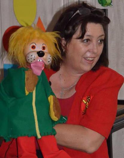 Debbie & Leo the Lion