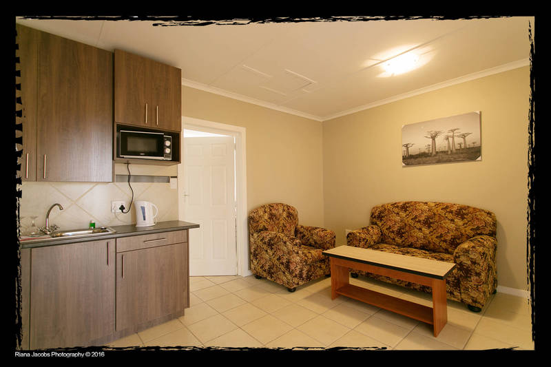 One bedroom unit kitchenette