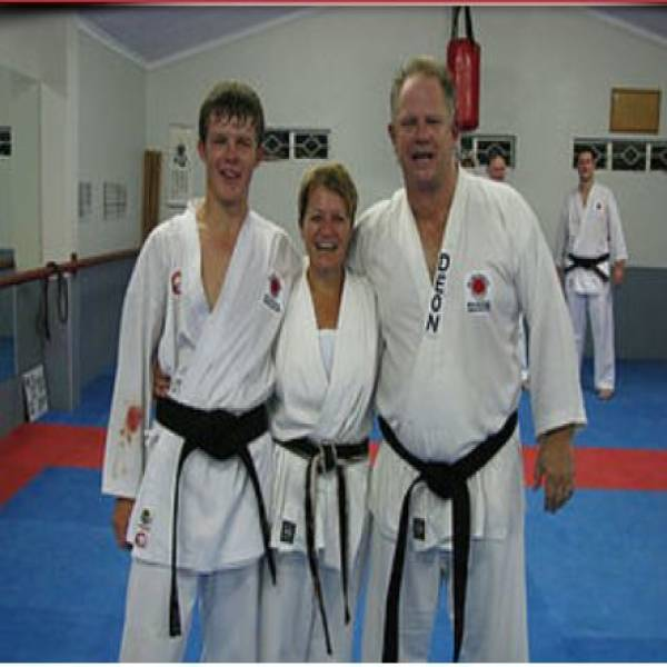 PARENTS TRAIN FOR FREE FOR 6 MONTHS Roodekrans Karate Classes & Lessons _small