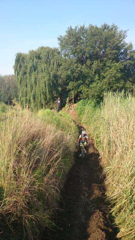 The Big Red Barn has 36 km's of MTB tracks from an easy 5km family trail; a 16km fun ride to the technical and challenging 36km trail for experienced cyclists