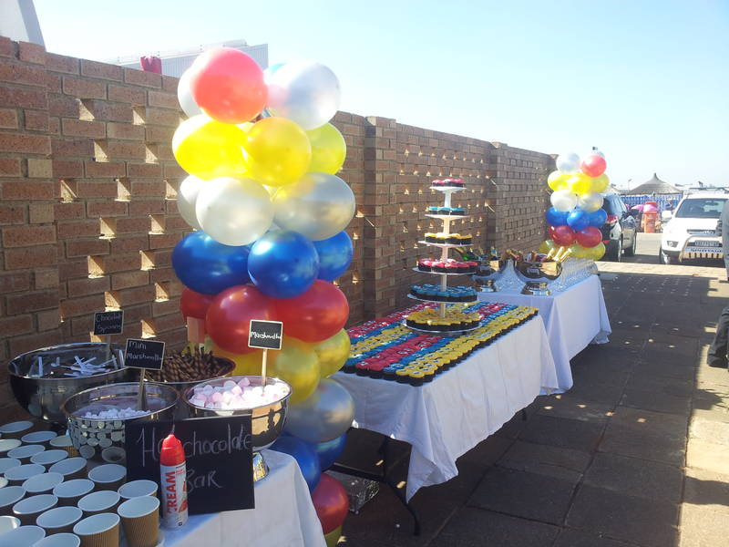 Balloon Engineering, Displays and Decor for Parties and Corporate Functions